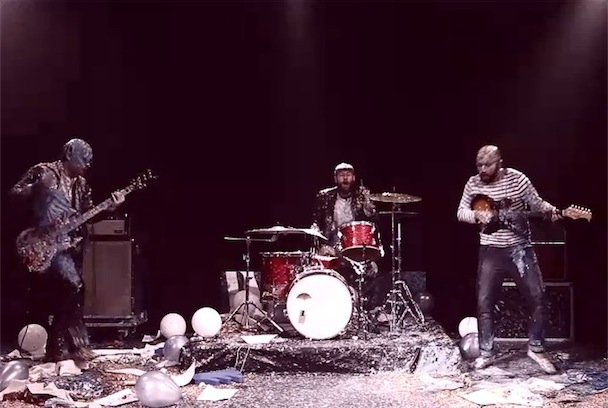 "Peter Bjorn & John – ""Second Chance"" Video"