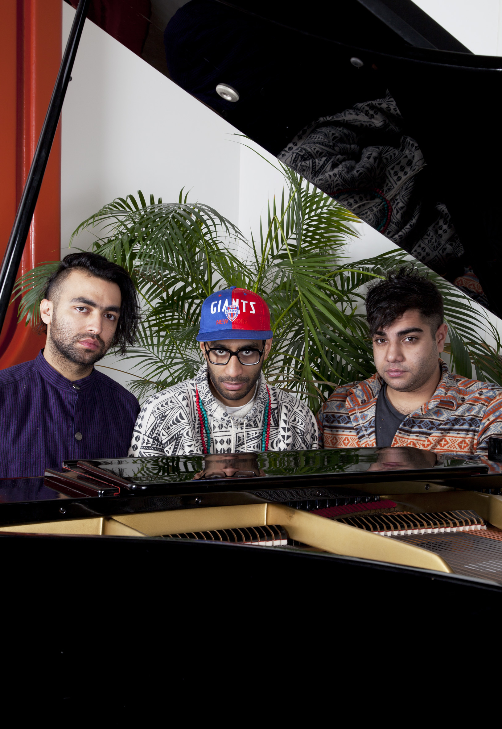"Das Racist – ""Swate"" (Feat. Lakutis)"