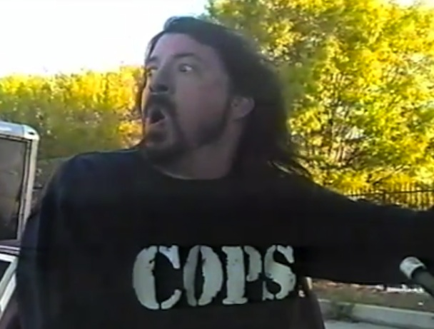 """Foo Fighters – """"White Limo"""" Video (Feat. Lemmy)"""
