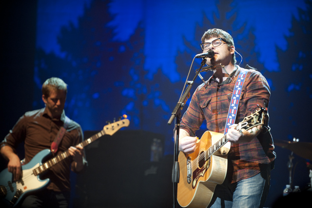 The Decemberists, Mountain Man @ Wiltern Theater, Los Angeles 2/12/11