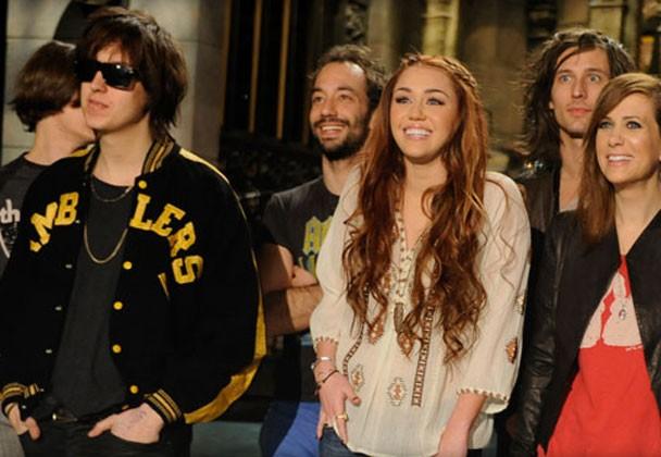 The Strokes & Miley Cyrus - SNL 2011