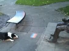 dog_statue_fetch
