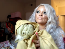 Girl Gives The Internet's Final Star Wars Review - Stereogum