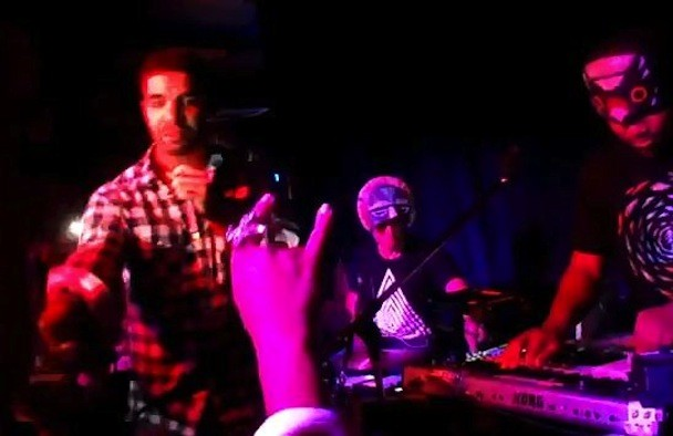 "SBTRKT & Drake & Sampha Do ""Wildfire"" In Toronto"