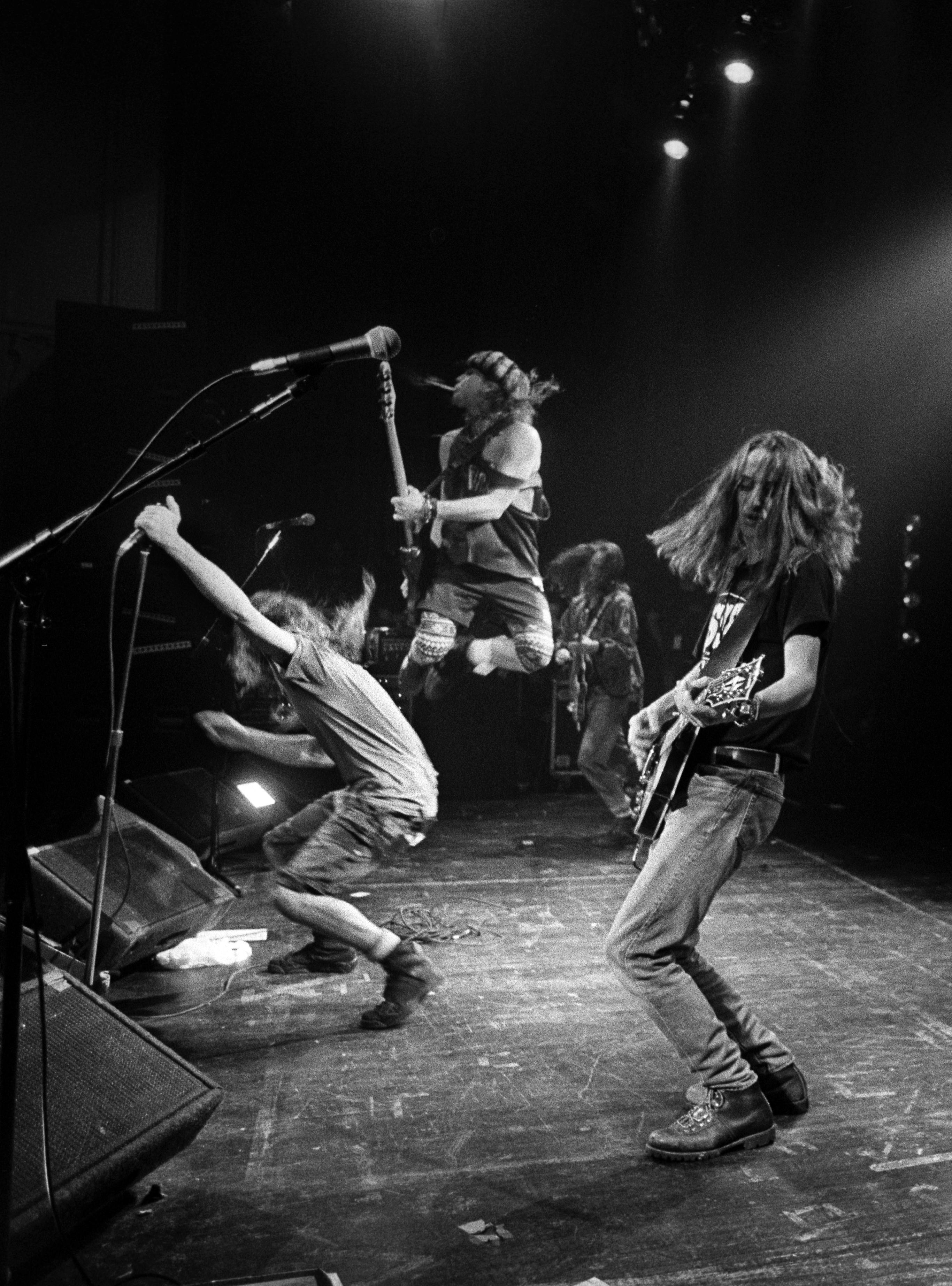 Pearl Jam's Ten Turns 20