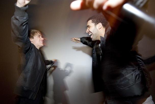 "Drake – ""Trust Issues (Justin Bieber Remix)"""