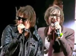 The Strokes & Jarvis Cocker Cover The Cars At Reading