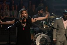 tUnE-yArDs On Fallon