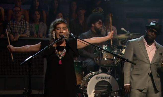 tUnE-yArDs Makes Late Night Debut On <em>Fallon</em>