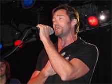 hugh_jackman_singing