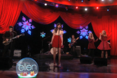 She &#038; Him Do &#8220;Rockin&#8217; Around The Christmas Tree&#8221; on <em>Ellen</em>