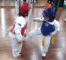 babyfighting