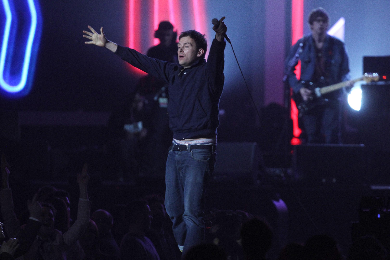 Watch Blur Play The Brit Awards