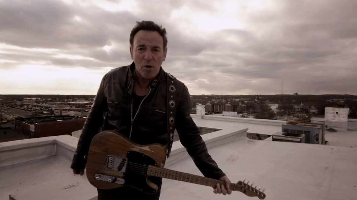 """Bruce Springsteen – """"We Take Care Of Our Own"""" Video"""