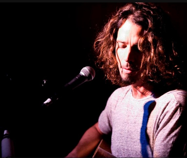 Chris Cornell Breaks Up Airport Fight, Covers Whitney Houston