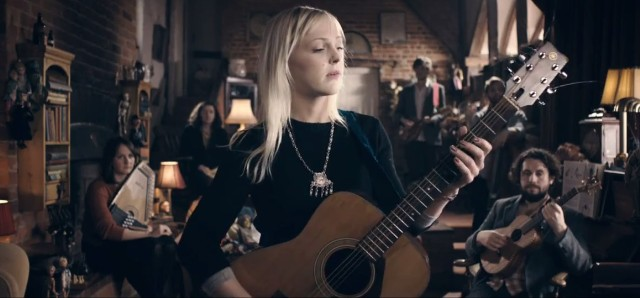 "Laura Marling - ""All My Rage"" Video"