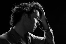 "Rufus Wainwright – ""Out Of The Game"""