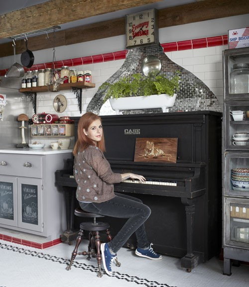 Check Out Neko Case's Vermont Crib