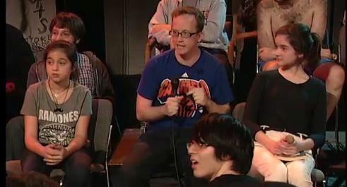 Watch Ted Leo Play A Really Awesome <em>Chris Gethard Show</em>