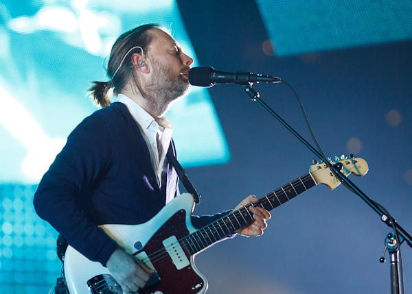 "Radiohead – ""Skirting On The Surface"""