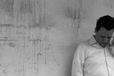 "Sun Kil Moon – ""UK Blues"" (Stereogum Premiere)"