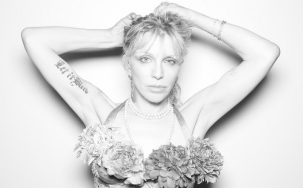 Courtney-Love-608x378