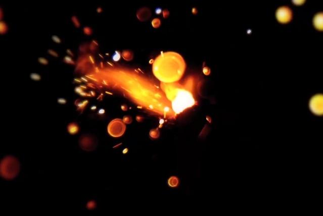 """Carice Van Houten - """"Particle Of Light"""" video"""