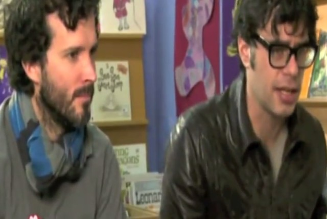 "Flight Of The Concords - ""Feel Inside And Stuff Like That"" Video"