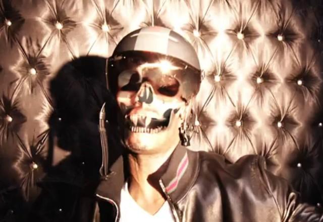 "Juicy J - ""Bandz A Make Her Dance Remix"" Video"
