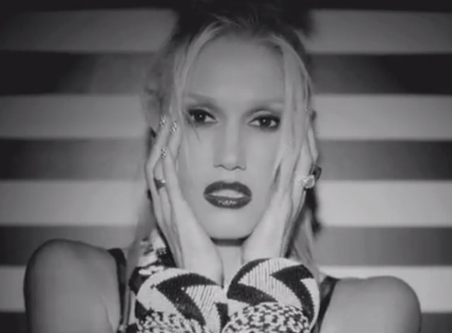 """No Doubt - """"Push And Shove"""" Video"""
