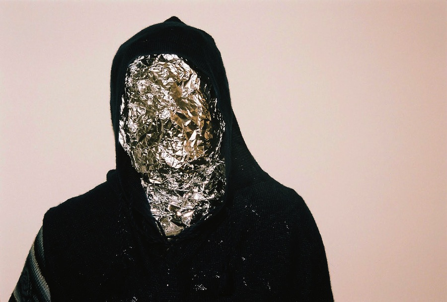 "John Talabot & Pional – ""Braves"" (Spanish Marathon Theme Song)"