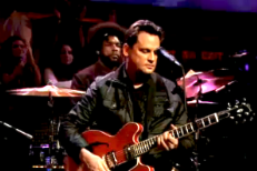 Watch Sun Kil Moon Play <em>Fallon</em> With The Roots