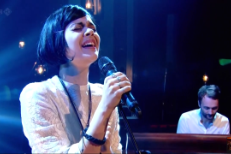Watch Bat For Lashes On <em>Jools Holland</em>