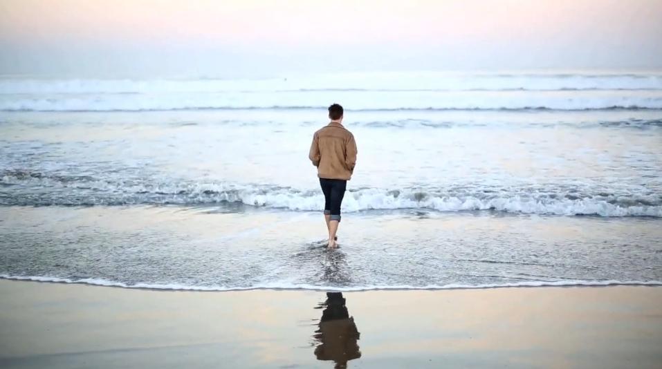 "Line & Circle – ""Roman Ruins"" Video (Stereogum Premiere)"