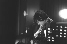 Ryan Adams &#8211; &#8220;Shine Through The Dark&#8221; (<em>This Is 40</em> Version)