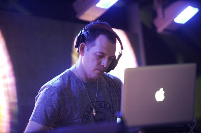 DJ Z-Trip @ SS Coachella Jamaica