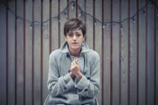 Q&A: Tracey Thorn Talks About Christmas Music, More
