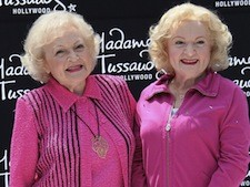 145811921DL026_Betty_White_