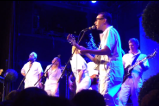 Watch Fred Armisen, Marnie Stern, Tim Harrington Et Al Cover TLC @ Bowery Ballroom