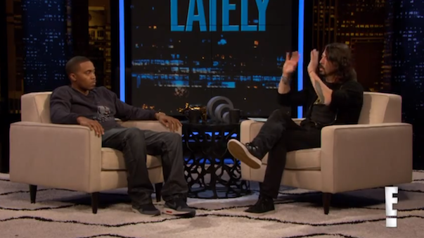 Watch Dave Grohl Interview Nas On <em>Chelsea Lately</em>
