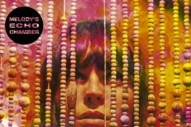 "Melody's Echo Chamber – ""Je Me Perds De Vue"""