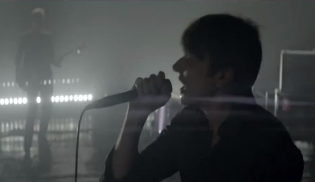 "Suede - ""It Starts And Ends With You"" video"