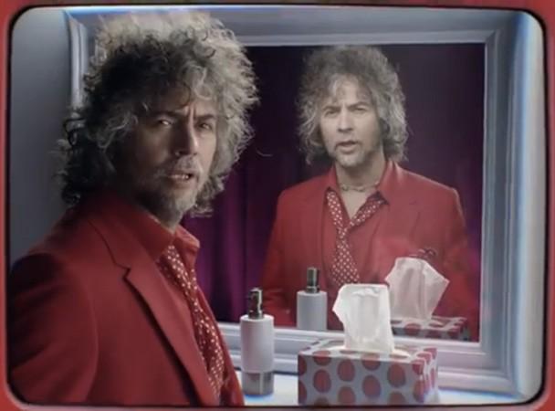 Wayne Coyne In Virgin Mobile Commercial