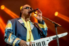 Hangout 2013 Sunday: Stevie Wonder, Yeah Yeah Yeahs, Best Coast, & More