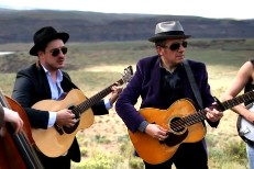 "Watch Elvis Costello And Mumford & Sons Cover Springsteen's ""The Ghost Of Tom Joad"""
