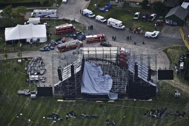 Radiohead stage collapse
