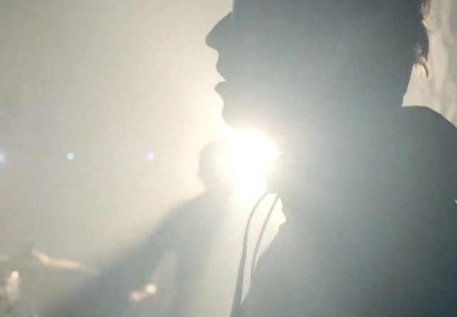 "Beady Eye - ""Shine A Light"" video"