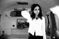 """Chelsea Wolfe – """"We Hit A Wall"""""""