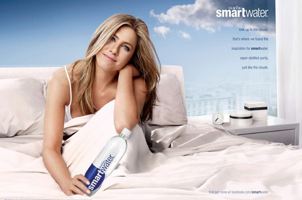 aniston_smartwater