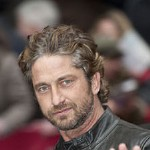 Gerard Butler Reaches 1 Million Facebook Fans!